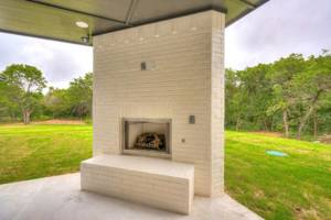 back-patio-fire-place-looking-out-left